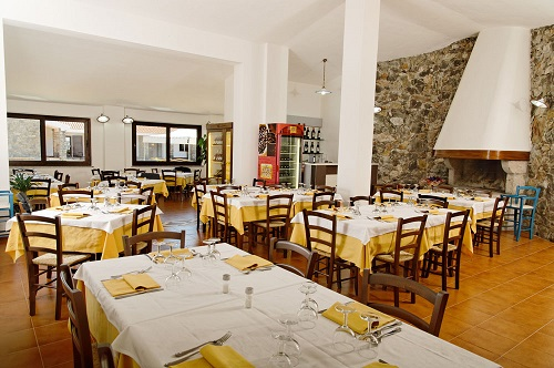 Hotel Monte Pirastru - Ristorante (2)
