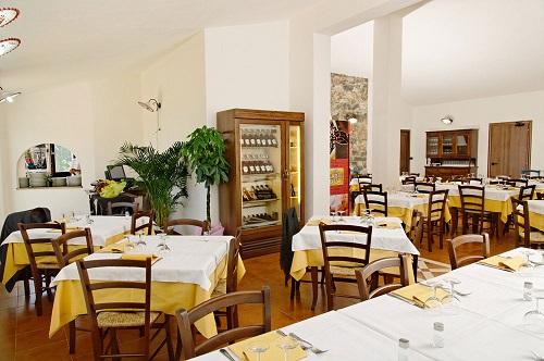 Hotel Monte Pirastru - Ristorante (4)